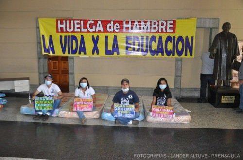 Huelga_de_hambre_estudiantes_ULA