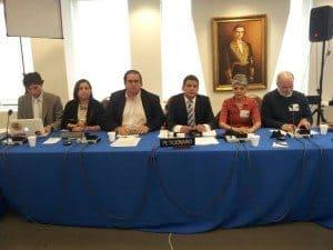 Marco_Ruiz_del_SNTP_y_representantes_del_CNP_Ipys_CDH_Ucab_y_Espacio_Pblico