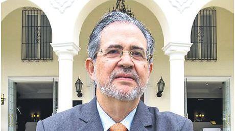 Miguel-Henrique-Otero-Comercio-Peru_NACIMA20140507_0028_19