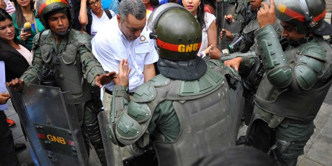 GNB-ataca-a-periodistas
