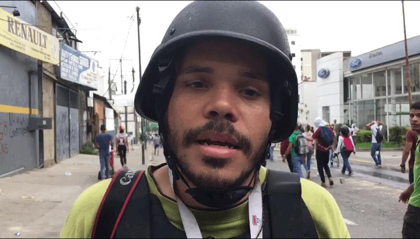 Francisco Bruzco Crónica Uno fotógrafo