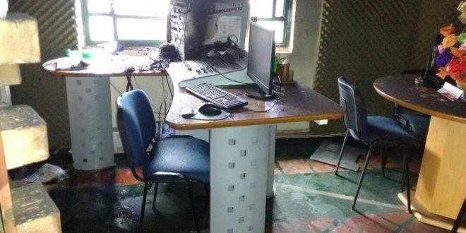 Incendian radio comunitaria Crepuscular 101.1FM en Barquisimeto