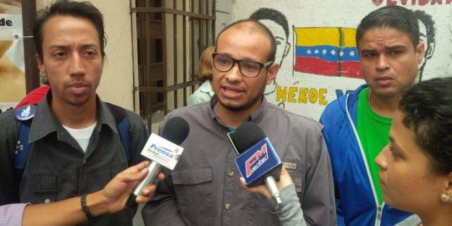Intentan hackear las redes sociales del periodista Carlos Julio Rojas