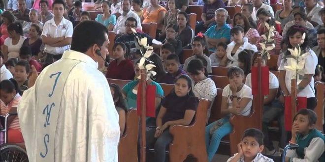 Denuncian a sacerdote por promover el odio en espacios religiosos en el Zulia
