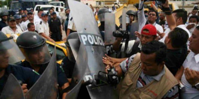 GNB amenaza a periodista durante la cobertura de una protesta