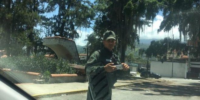 GNB hostigó a dos periodistas en Mérida