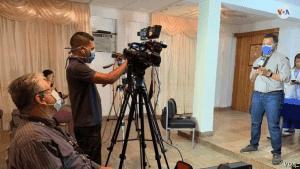 periodistas grabando julio 2020